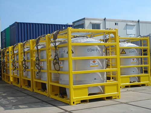 containers-metal-OFFSHORE