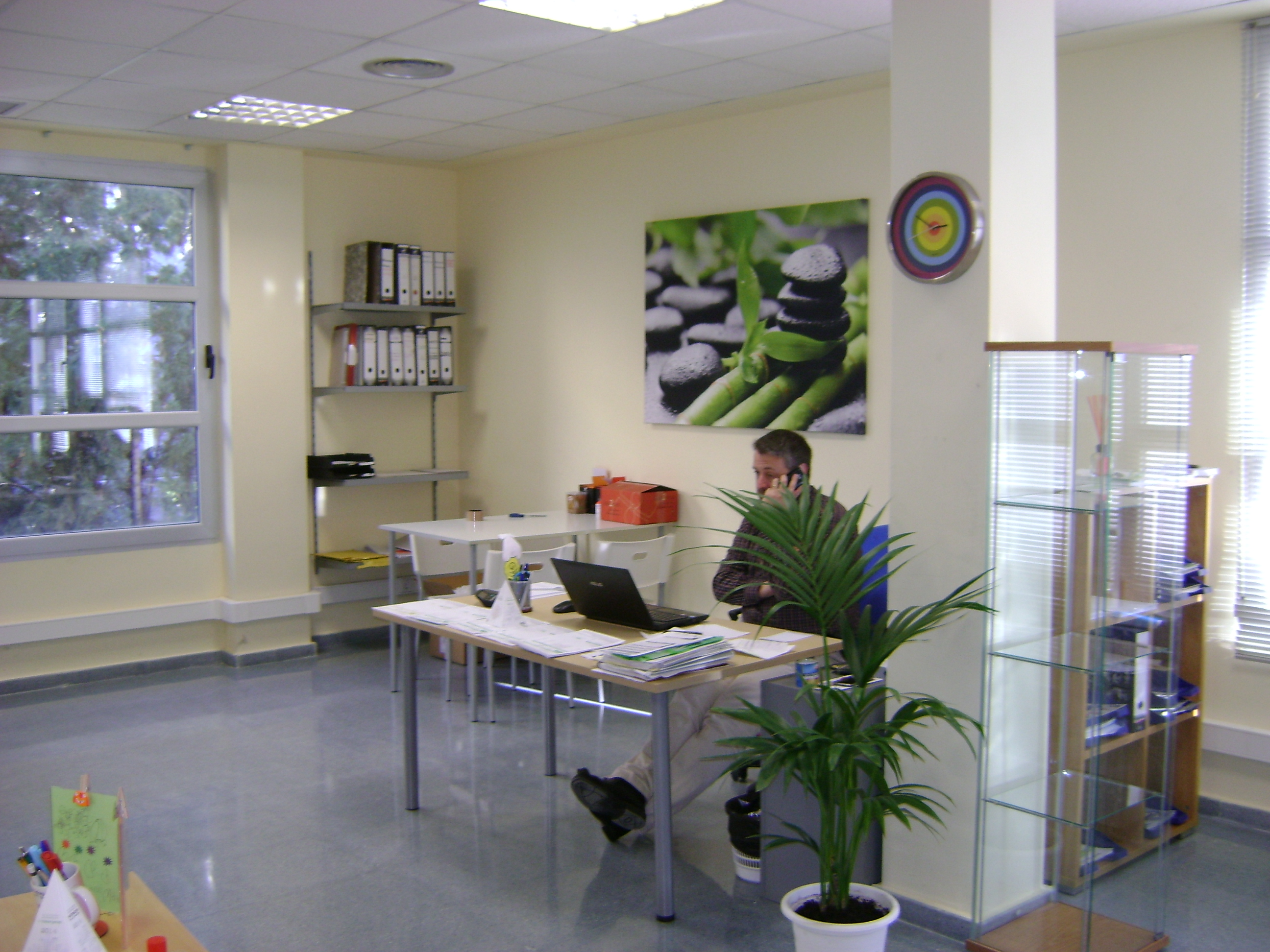 tr bol group estrena oficina en valencia abc pack