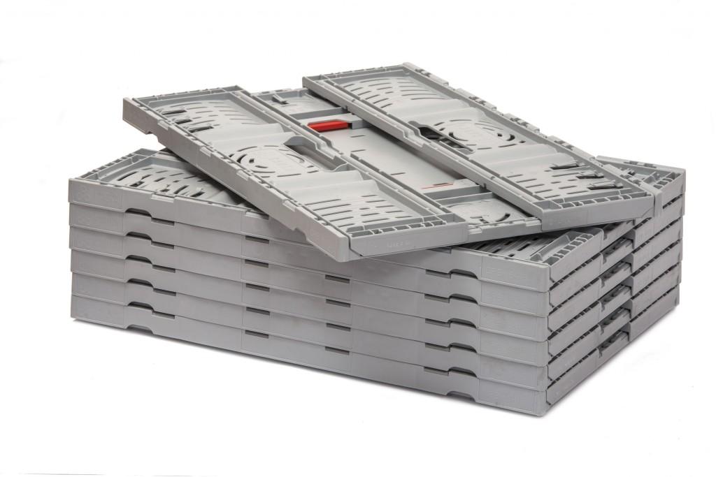 La altura de la caja Twistlock Box plegada es de 28 milímetros. Contribuye a una reducción considerable de los costes y las emisiones de CO2.