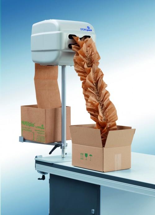 Puede integrarse en los procesos de embalaje de relleno existentes, gracias a las diferentes posiciones que ofrece: Suelo, Sobremesa y Soporte Ajustable. Normalmente, la máquina se emplea de manera independiente.