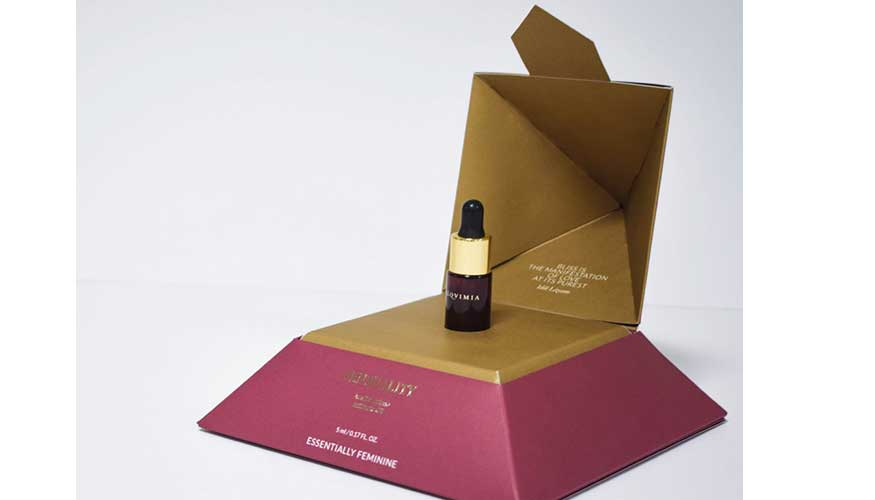 Estuche piramidal para el aceite cosmético Essentially Femenine de Alzamora Packaging.