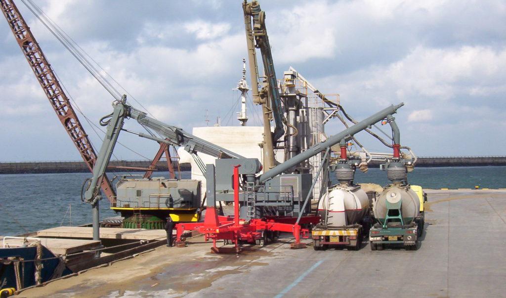 descargador móvil de barcos IBAU UL 300 de segunda mano